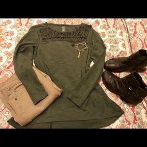 Nice Green Top with Pretty Neckline